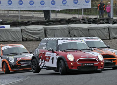 minis-about-2.jpg